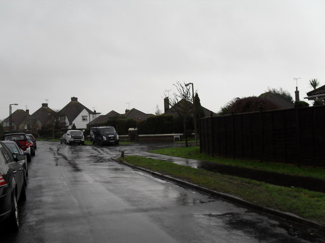 Looking towards the junction of Glenville Road and Amberley Road