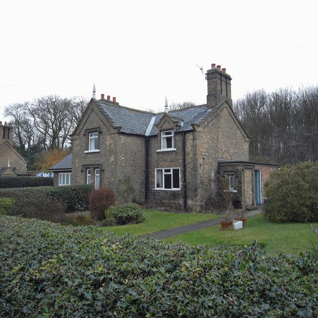 Estate Cottages, Great Limber