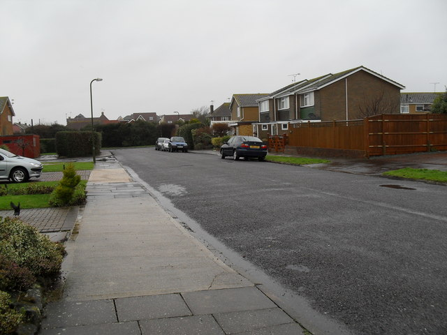 Approaching the junction of  Sutton Avenue and Broadmark Lane