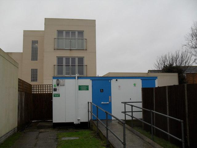 Public toilets in Broadmark Lane
