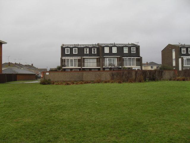 Flats in Mallon Deane