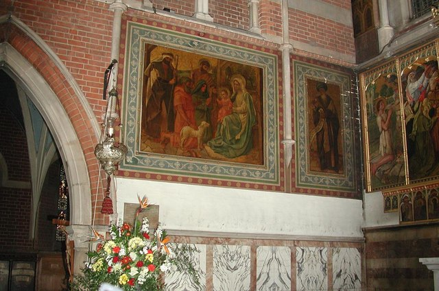 St Andrew, High Road, Willesden, London NW10 - Wall paintings