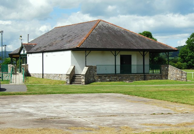 Sports Pavilion in The War Memorial Park