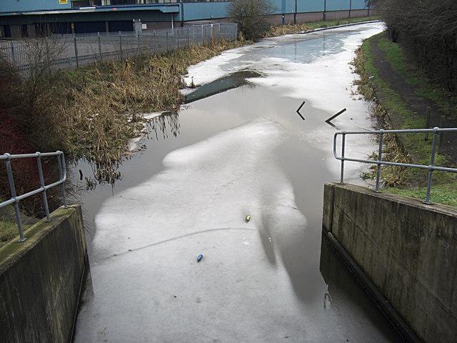 Rochdale Canal Gorrells Way