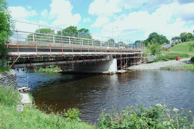 Bridge over Afon Dyfrdwy