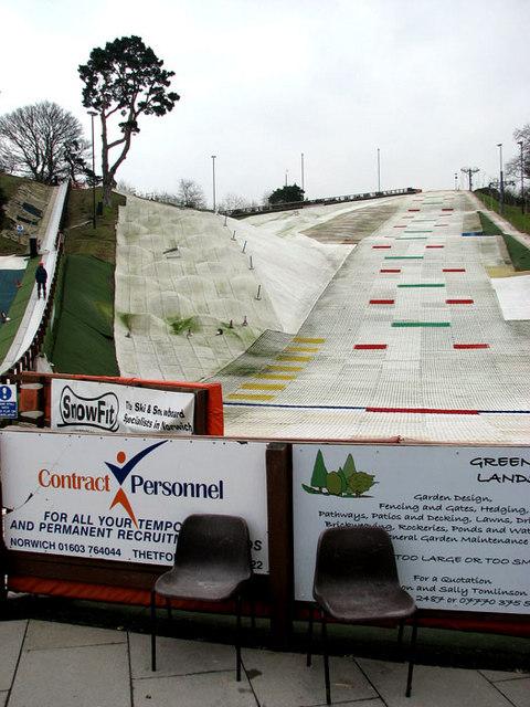 The Norfolk Ski Club - main slope
