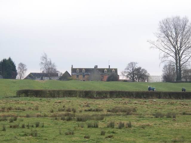 Evenlode Grounds Farm