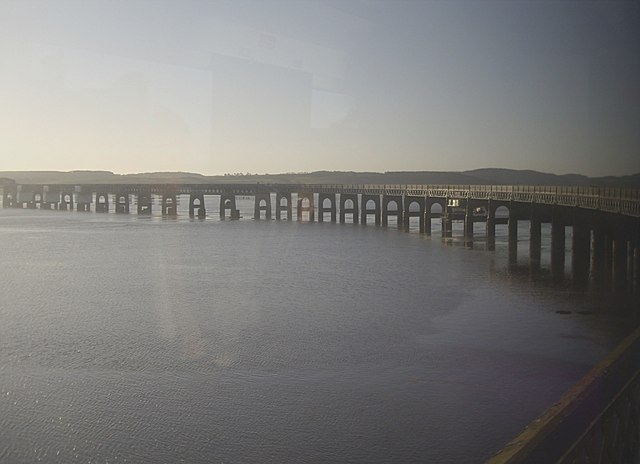 On the curved access to the Tay Rail Bridge