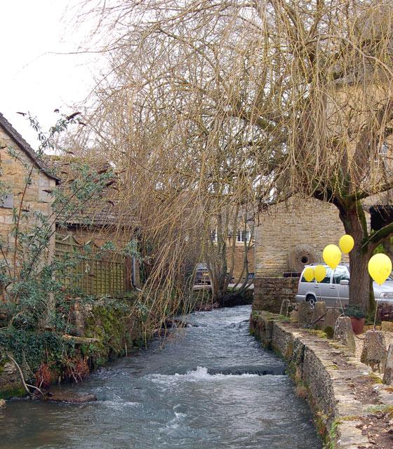 Mill race, River Windrush, Bourton