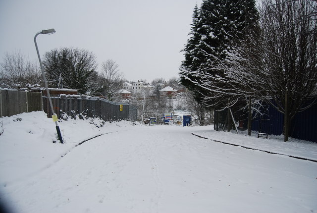 Thick snow, Medway Rd