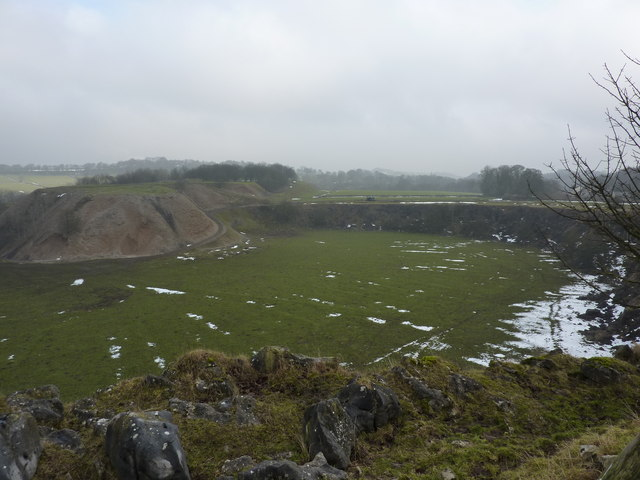 Disused quarry at Cowdale