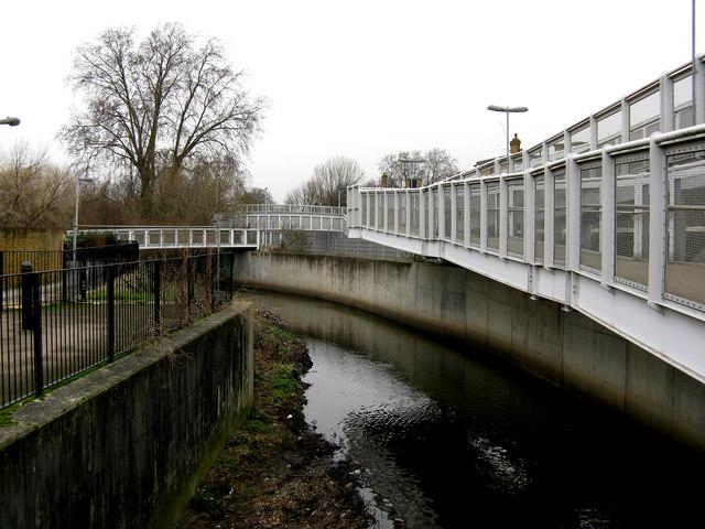 River Ravensbourne, near Elverson Road station