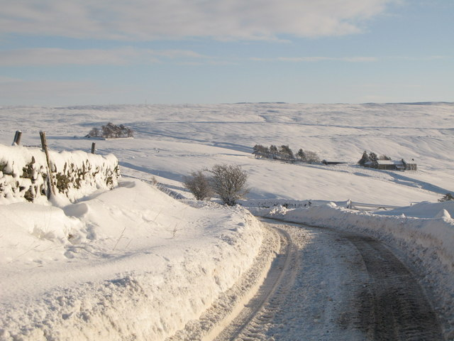The minor road between Allendale and Sinderhope in the snow (3)