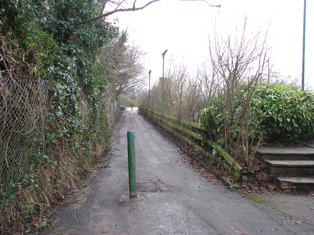 Oldhall Road becomes a path