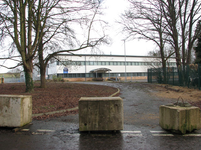 Warehouse and offices in Yarefield Park