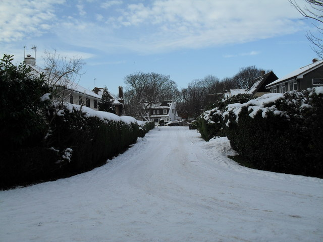 Looking from Wade Court Road into North Close