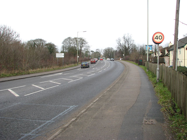 View north along Ipswich Road (A140)