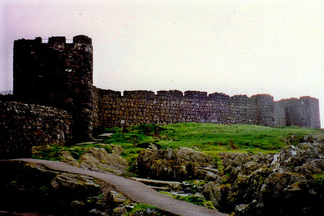 Peel - Footpath around the exterior of the castle
