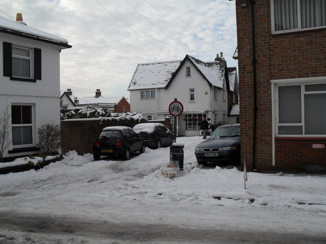Heavy snow in Town Hall Road