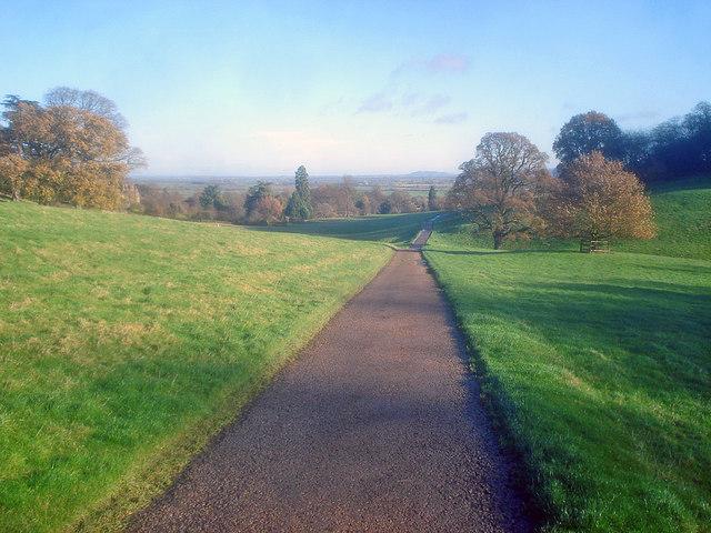 Farm road through the Dumbleton Estate