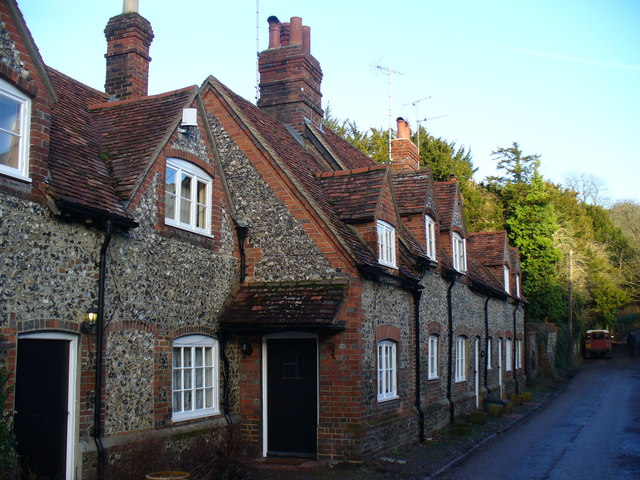 Flint Cottages in Hambleden