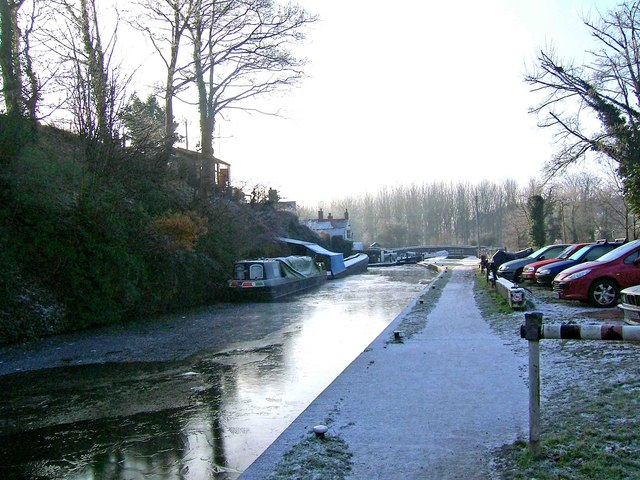 Looking south to Greensforge Lock, Staffordshire & Worcestershire Canal