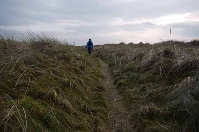 Path through the marram grass at Troon South Sands