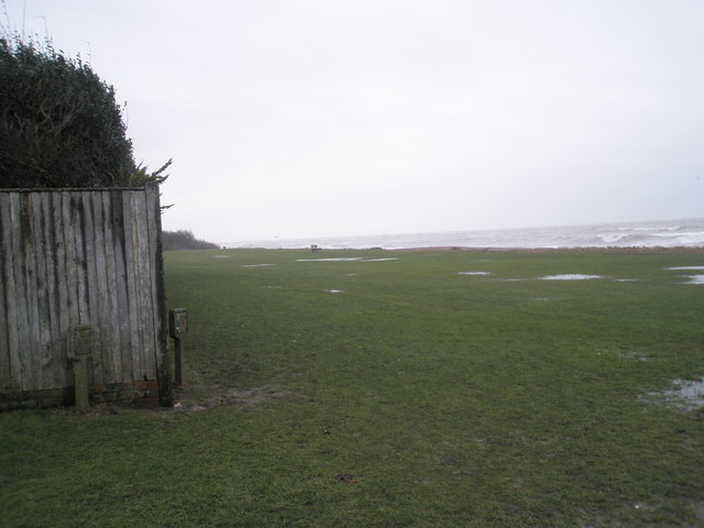 Looking eastwards from the southern end of Pigeonhouse Lane