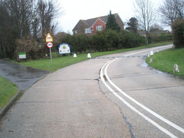 Bend in Pigeonhouse Lane