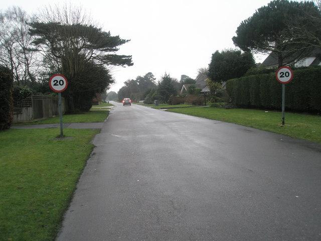 Speedlimit sign in Angmering Lane