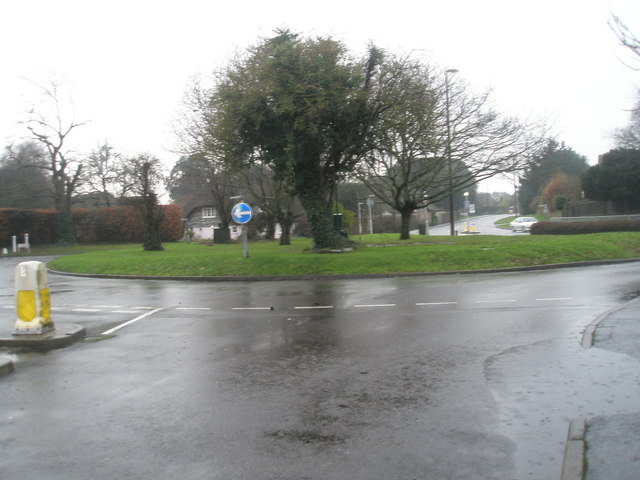 Looking from Vicarage Road towards the church roundabout