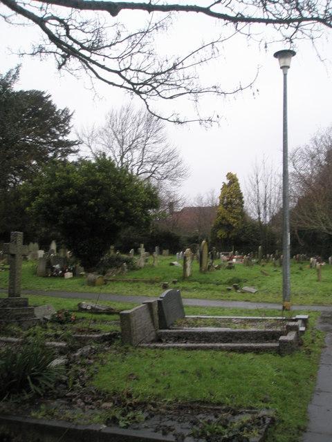 A very wet St Mary's Churchyard (5)