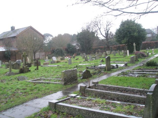 A very wet St Mary's Churchyard (4)