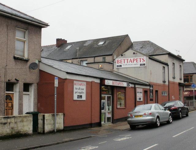 Bettapets, Newport