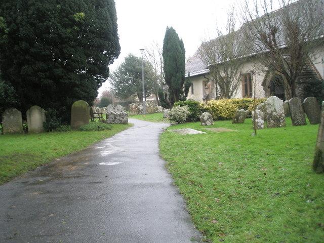 A very wet St Mary's Churchyard (12)
