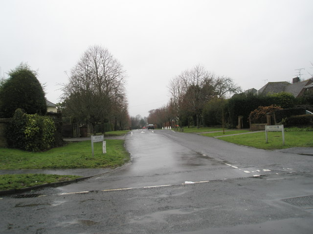 Looking from Station Road into Hurst Road