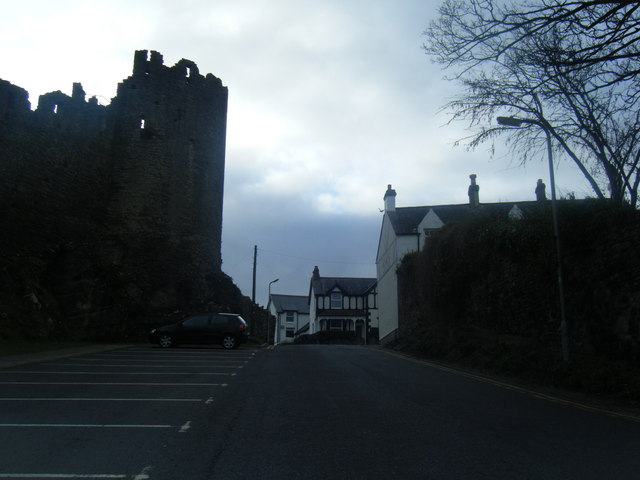 Mount Pleasant with Conwy walls on the left.