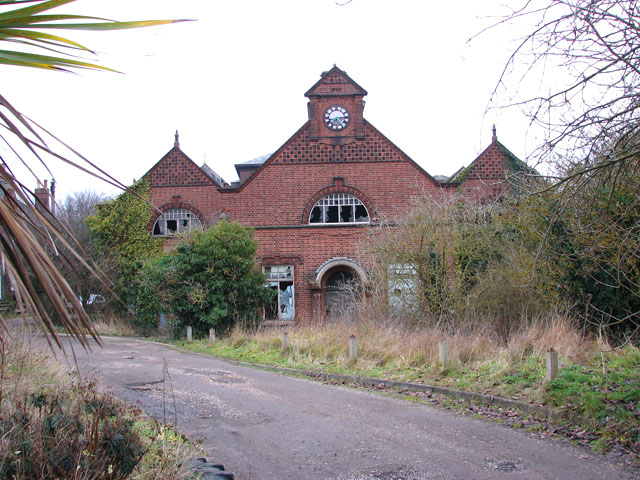Trowse pumping station - ancillary building (south façade)