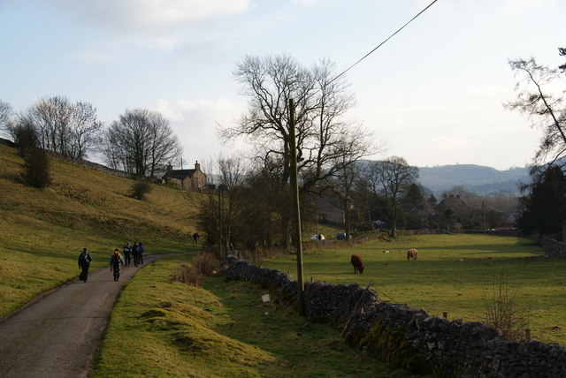 The lane approaching Hartington from the north