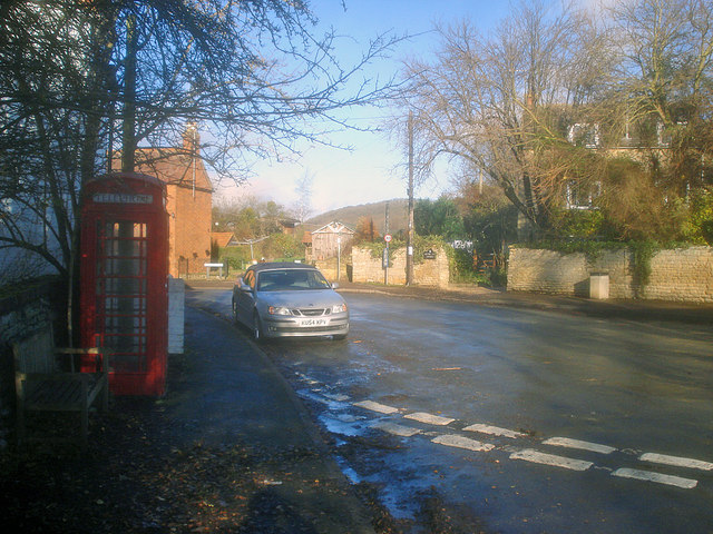 Telephone kiosk at Alderton