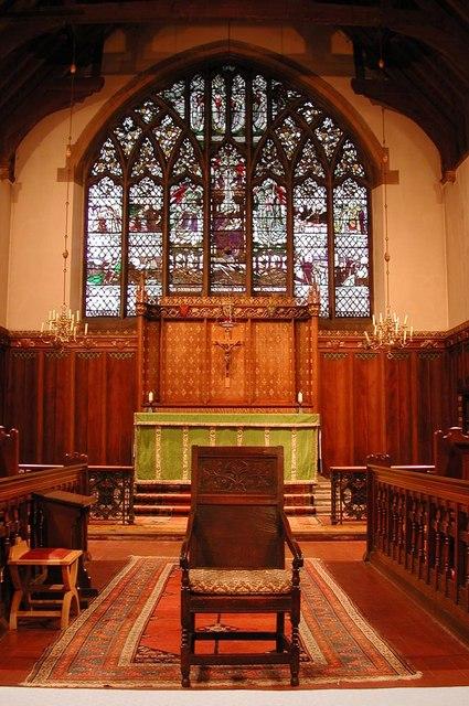 St Anselm, Hatch End - Chancel
