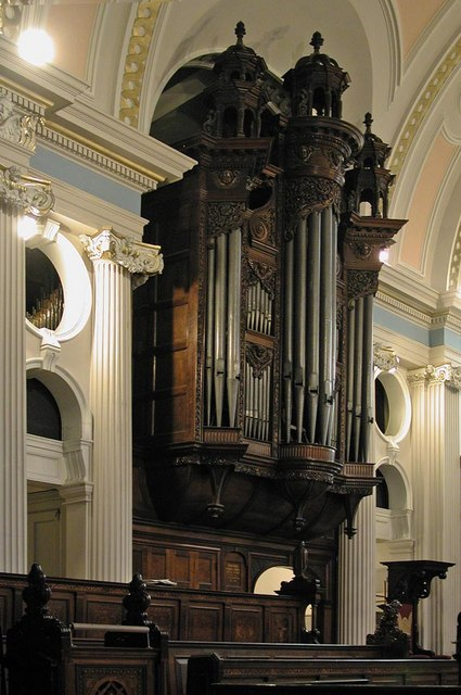 St John at Hampstead, Church Row, London NW3 - Organ