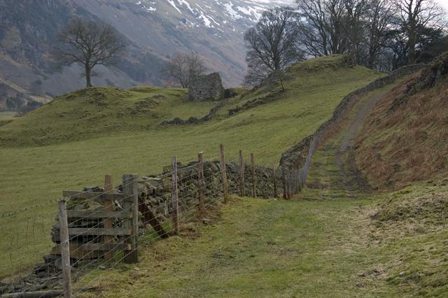 Footpath to Low Bridgend