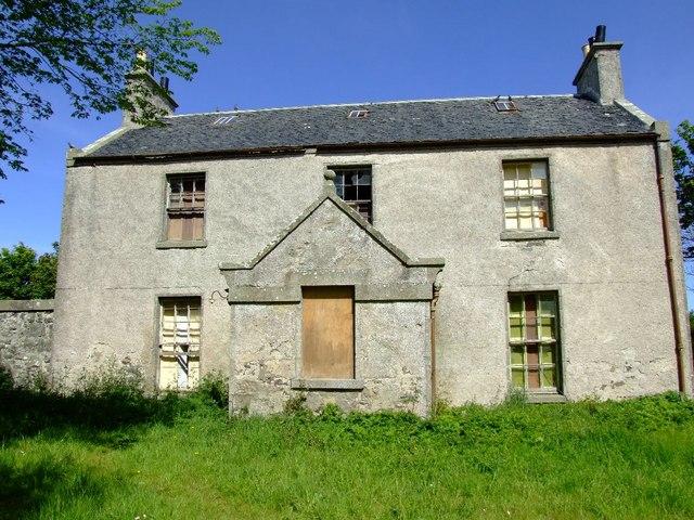 Former Glebe House in Peathill