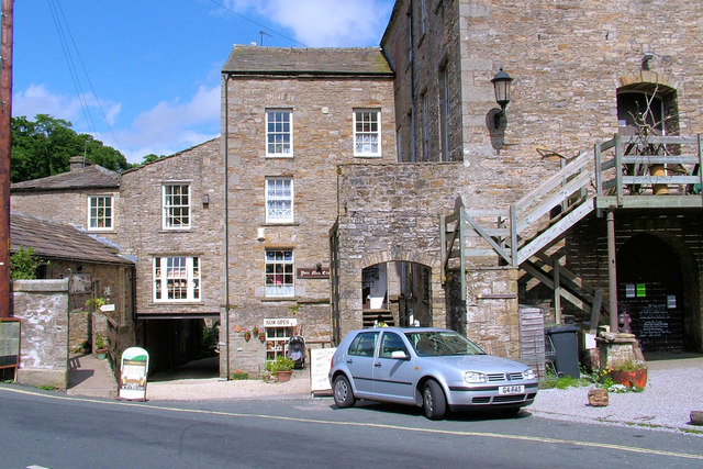 Yore Mill Crafts and refreshments at Aysgarth Falls