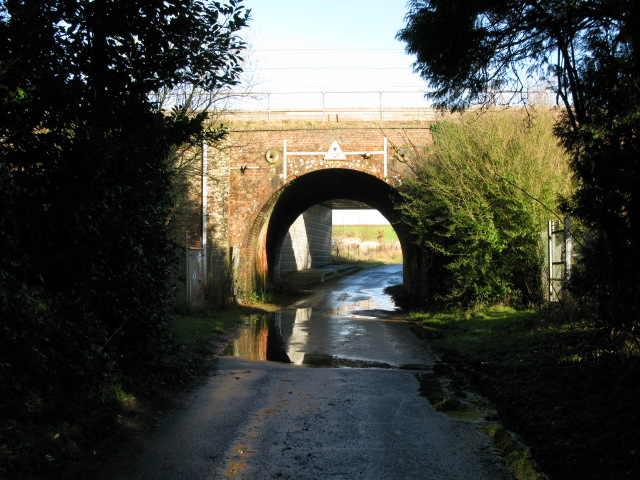 Railway bridge over Blind Lane