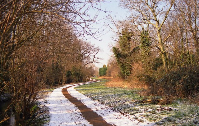 Path leading away from Coe Fen