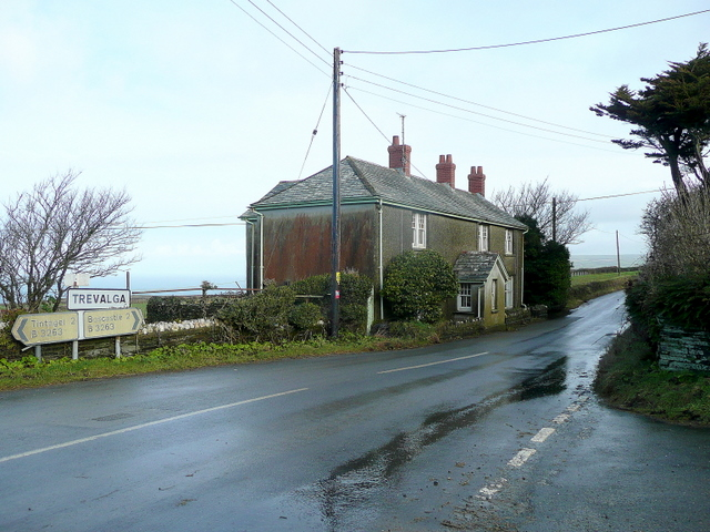 Cottages at Trevalga