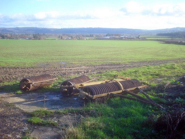 Cambridge roller near Naunton Farm