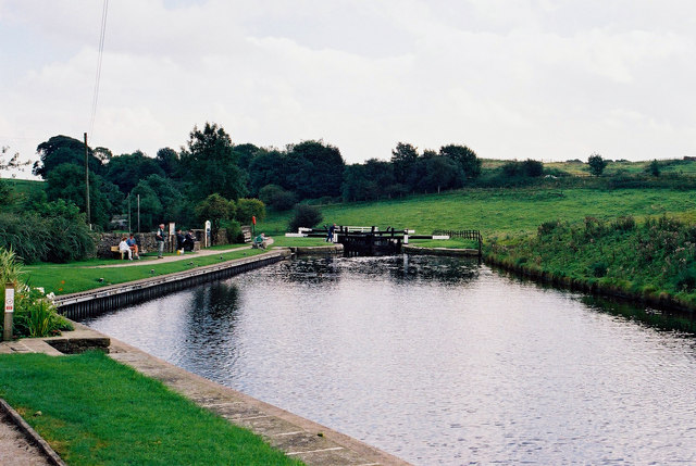 Greenberfield Top Lock No 44, Leeds and Liverpool Canal